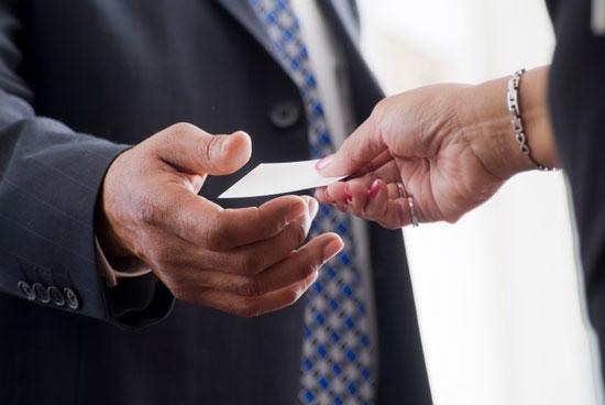 business-card-etiquette-